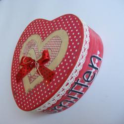 upominek,prezent,opakowanie,serce, - Pudełka - Wyposażenie wnętrz